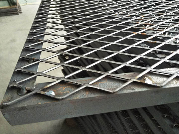 Expanded Metal Fence​